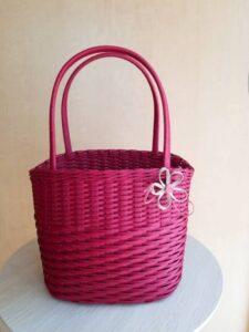 クラフトバンドとばし編みのバッグ